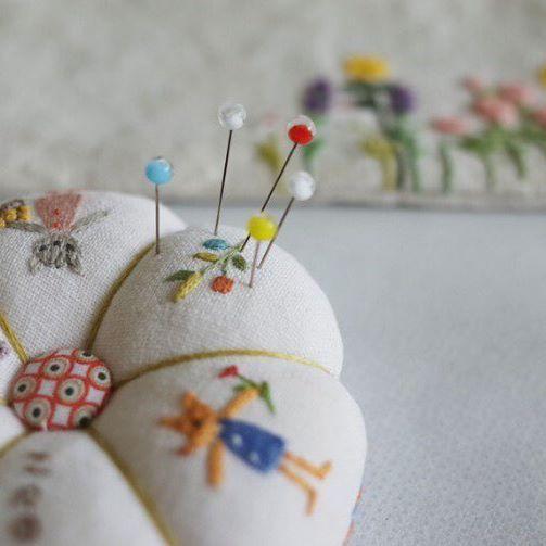 #프랑스자수 #케이블루 #케이블루의도안 #케이블루의프랑스자수 #손자수 #핸드메이드  #자수타그램 #자수 #embroidery  #handembroidery  #刺繍 #stitch #케이블루의사계절프랑스자수 #튤립