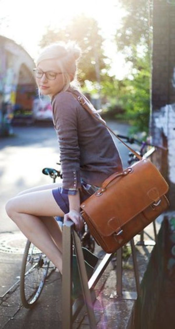 40 Ways Messenger Bag Can make Your More Stylish
