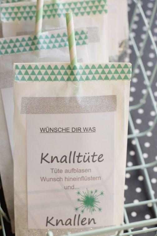 Silvester 2018 Deko und Wunsch-Knaltüte (House No. 43)