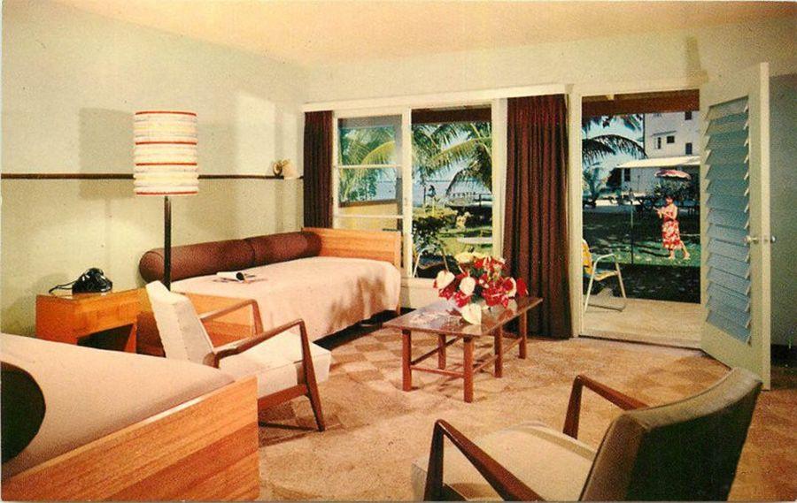 1950s HILO HAWAII Naniloa Hotel Interior Furniture Helibigs Postcard