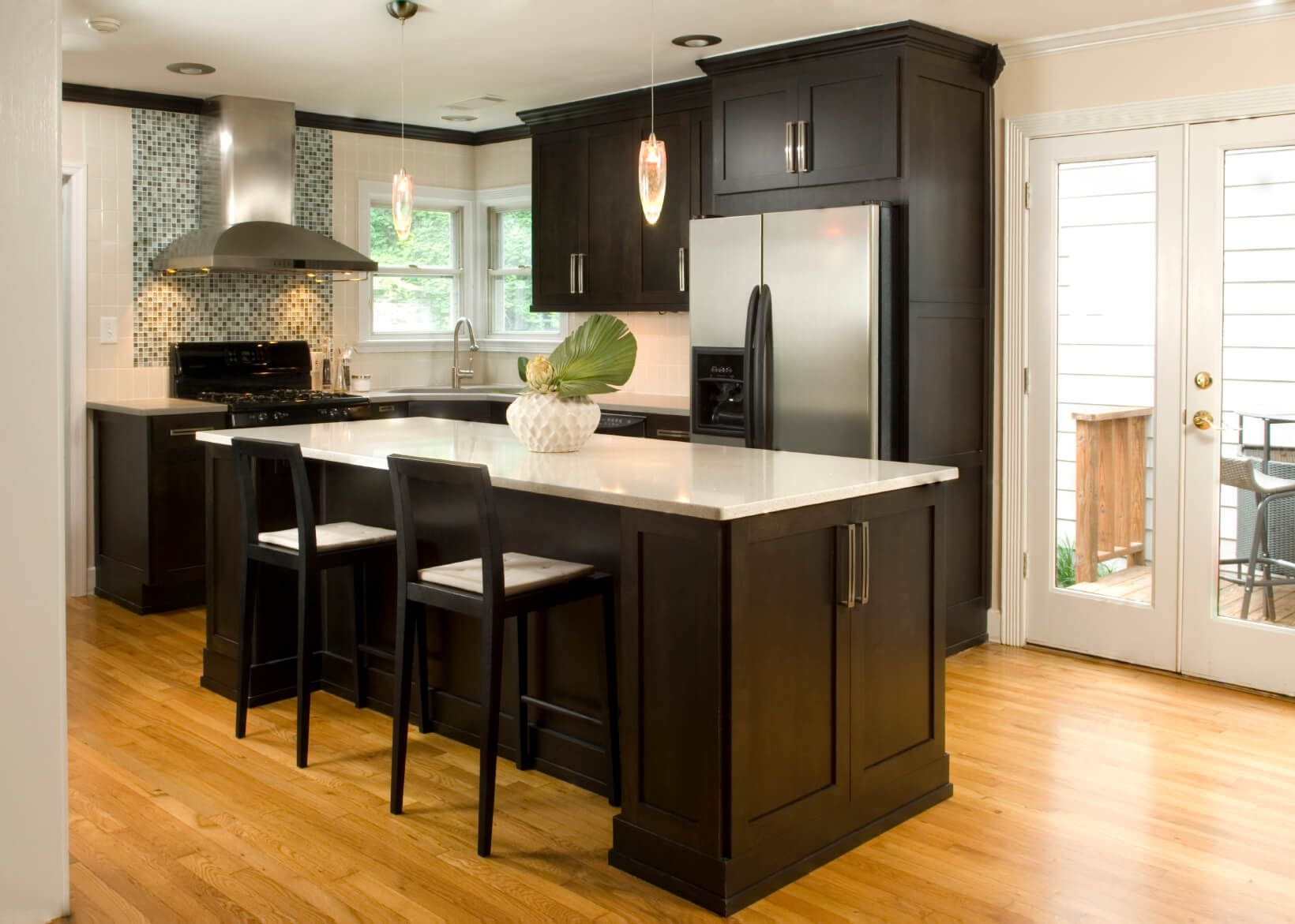 52 Dark Kitchens With Dark Wood Or Black Kitchen Cabinets 2020 Classy Kitchen Dark Wood Kitchen Cabinets Dark Wood Kitchens