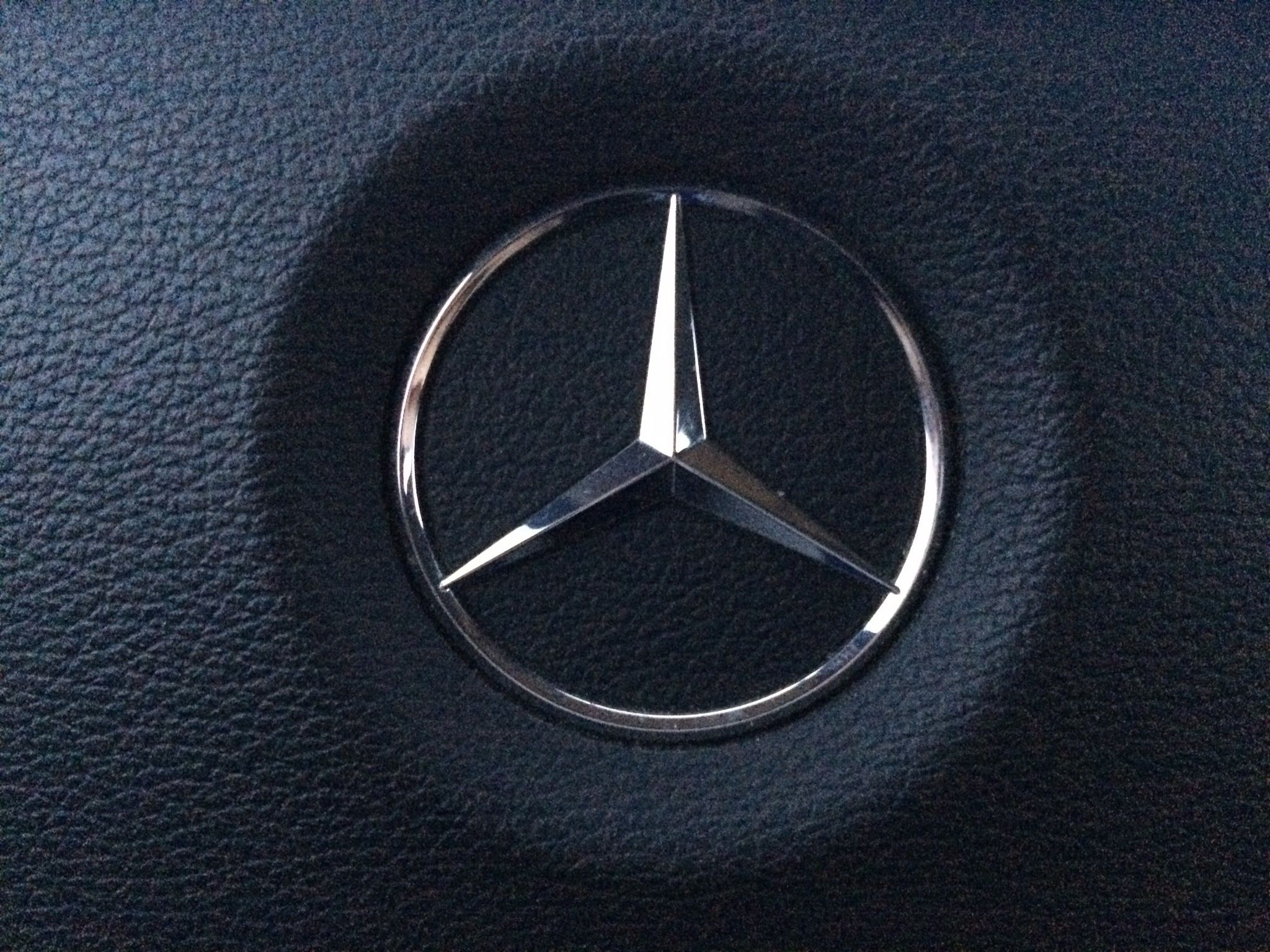 Mercedes Logo Wallpapers For Iphone On Wallpaper 1080p Hd