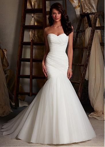 Alluring Natural Waistline Wedding Dress. Love this, but might be too tight fitting for me.