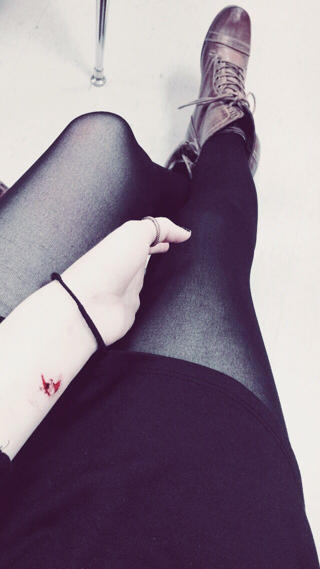 The marks humans leave are too often scars  #pain #beauty #hurt #wounds #hate #leggings #combat #boots #black #blood