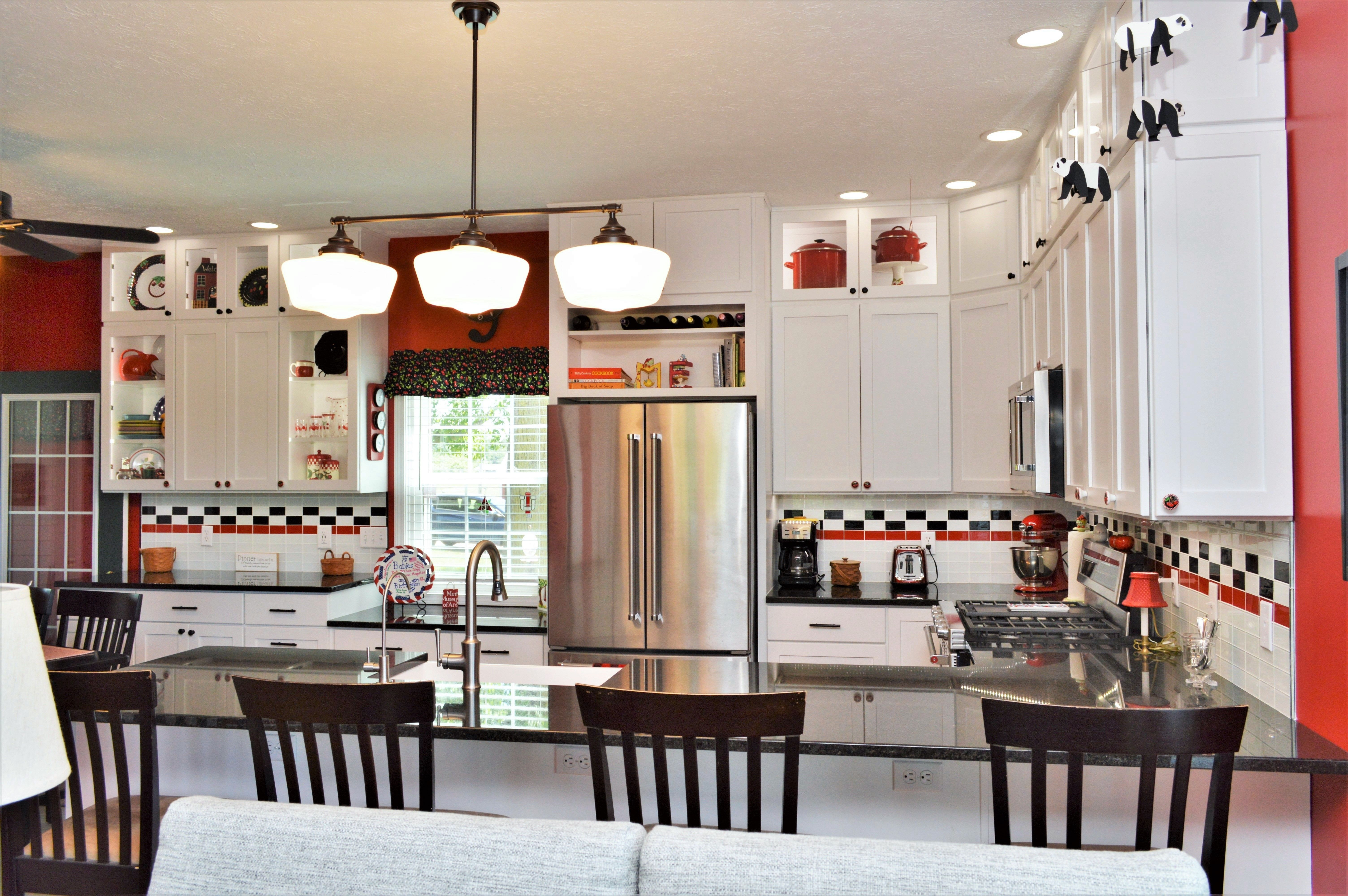 Bailey's Cabinets, Haas Signature Collection, Maple, White ...