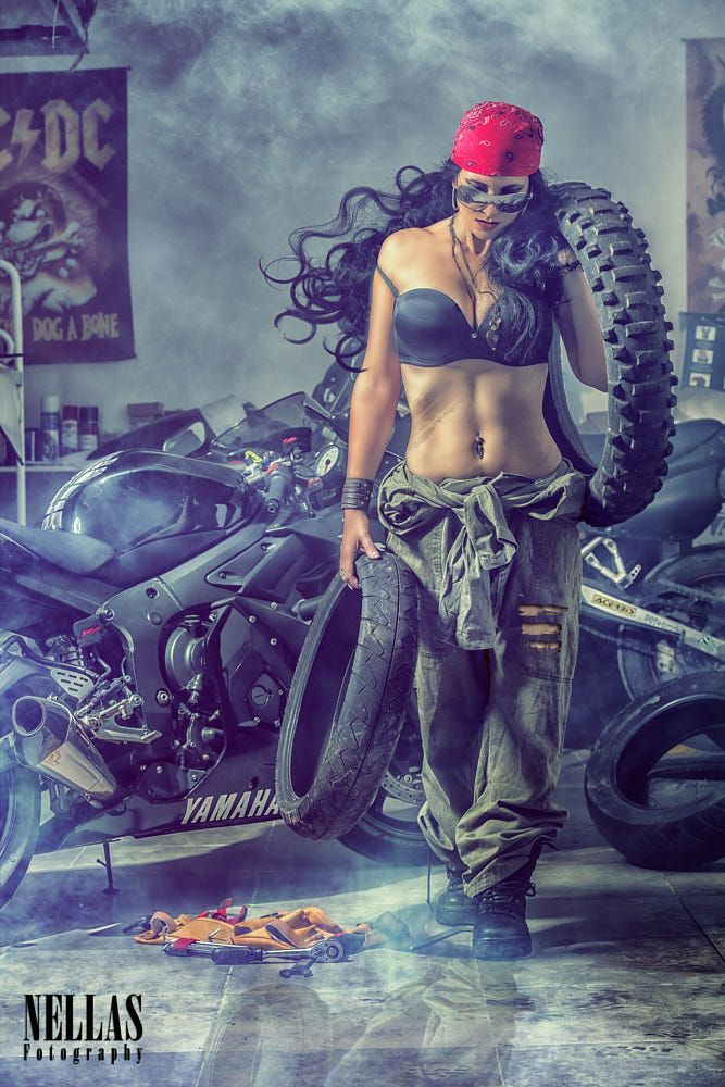 Photo of The mechanic from Nella's photography on 500px