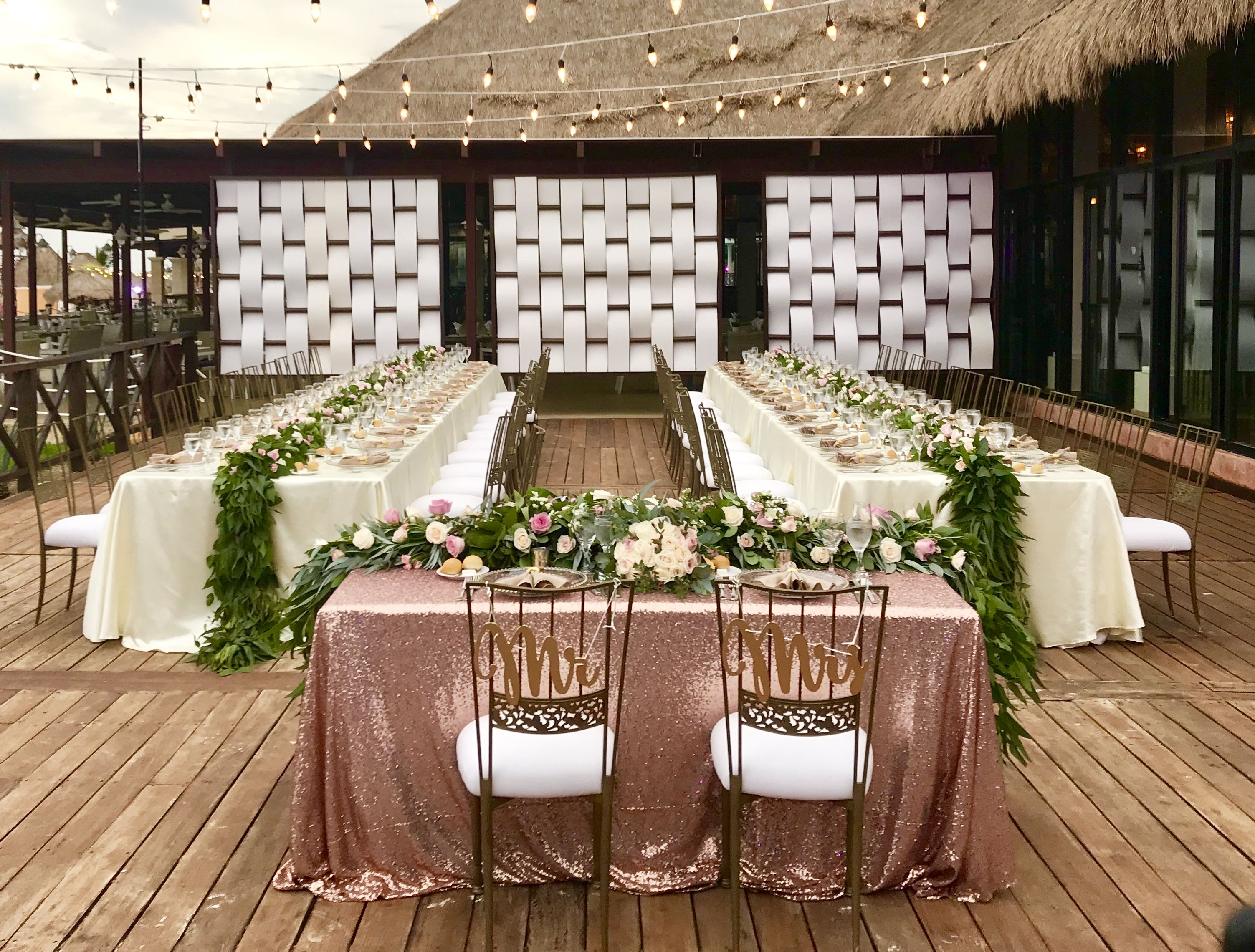 Sweetheart Table And 2 Imperial Tables At The Tequila Terrace Perfect Setup For 60 People Wedding Wedding Reception Tables Wedding Table Settings Wedding