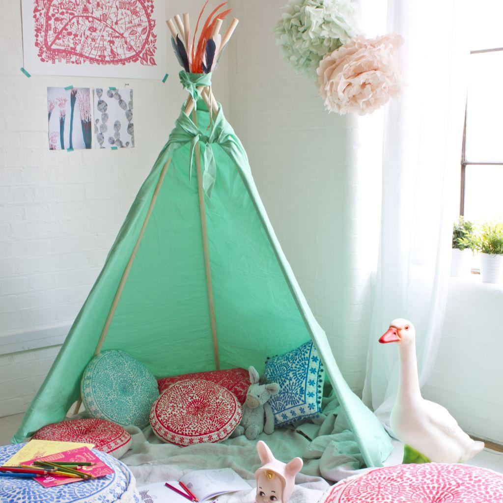 d coration tipi pour chambre d 39 enfant elle d coration id es chambre gar on pinterest. Black Bedroom Furniture Sets. Home Design Ideas