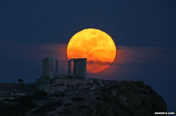 Moonrise over the Temple of Poseidon