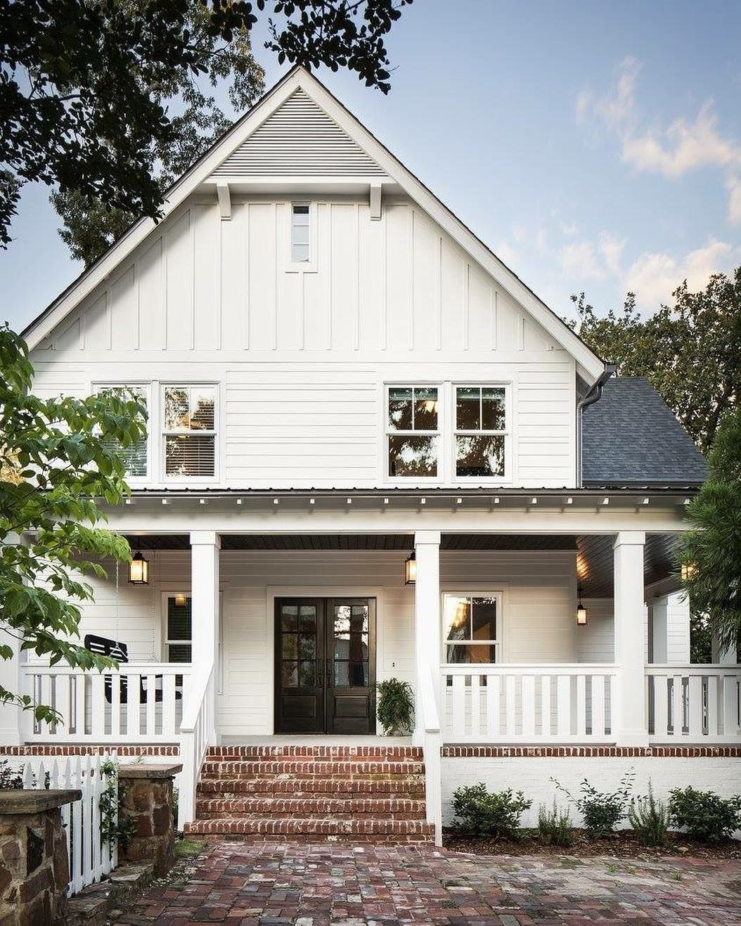 90 Incredible Modern Farmhouse Exterior Design Ideas 63: Snowbound-Sherwin Williams. The Perfect Exterior White