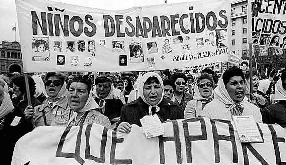 Mothers Of Plaza De Mayo Women In History Human Rights Badass Women
