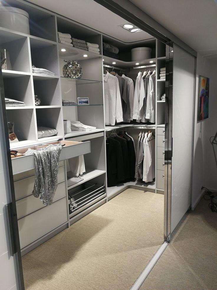 Walk-in closet in the bedroom #dreamclosets