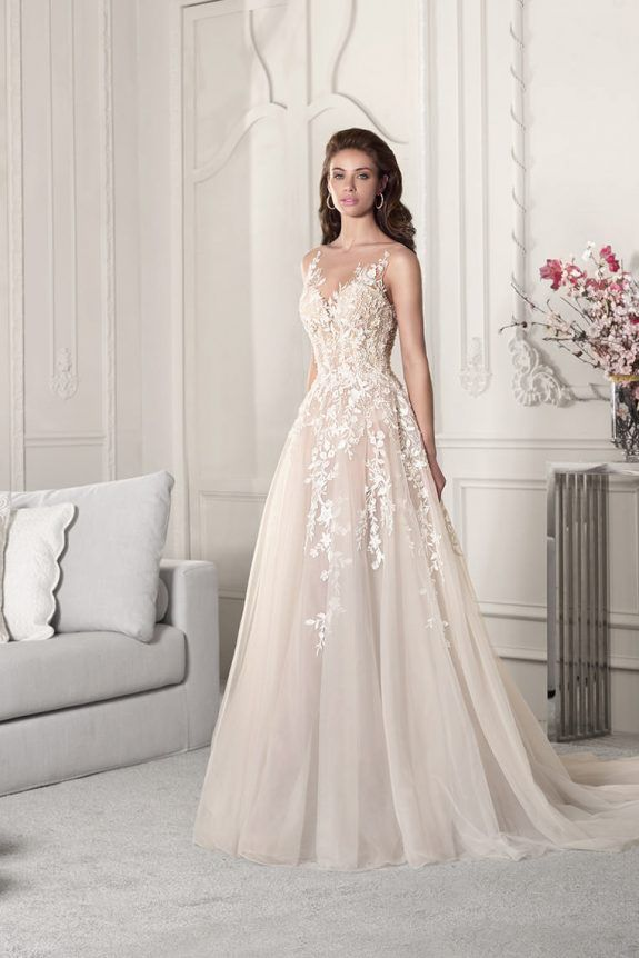 Demitrious Wedding Gowns.Demetrios Wedding Dress 854 Intricate Lace Embroidery