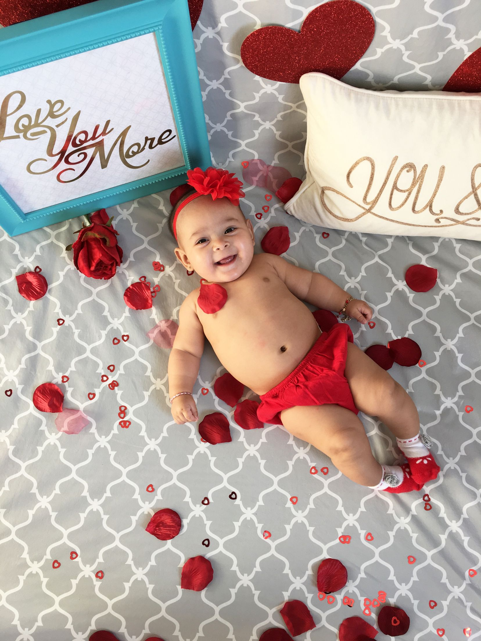 Decided to do a little valentines photoshoot with my little baby❤️ #DIY #photoshoot #loveisintheair
