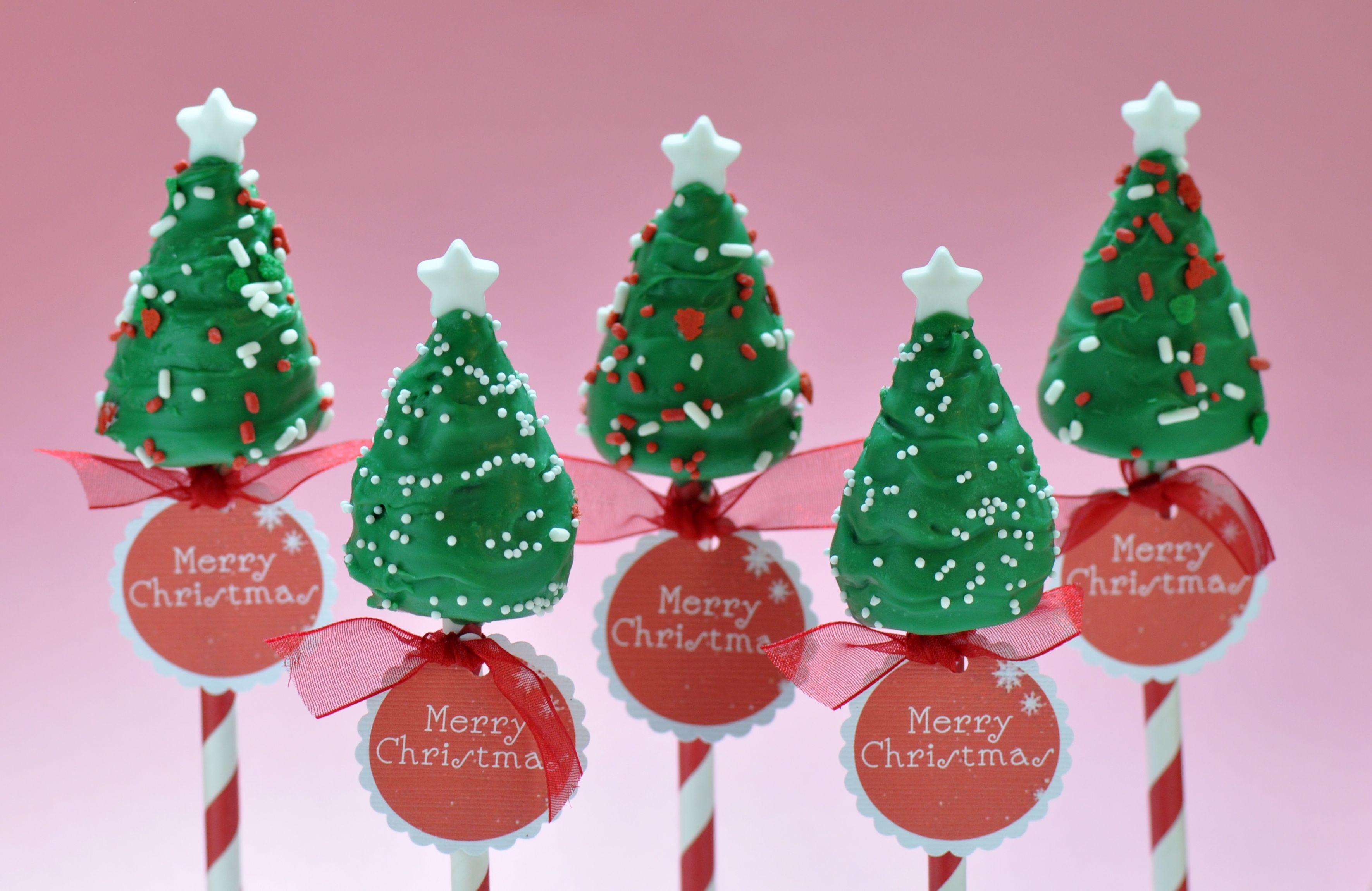 Christmas Tree Cake Pops Made With My Little Cupcake S Cone Shaped Cake Pop Mold Www Mylittlecupcakepop Cake Pop Molds No Bake Cake Pops Christmas Tree Cake