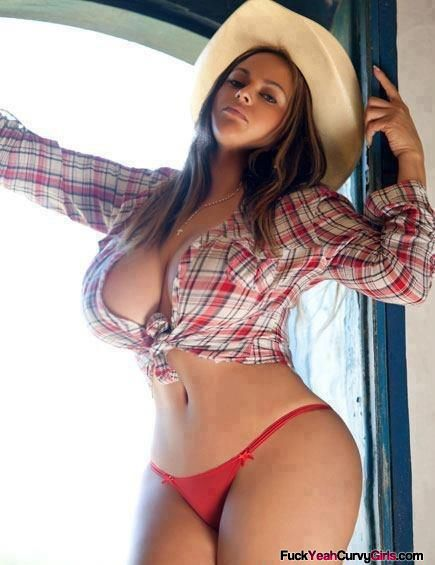 Sexy thick girls with big boobs