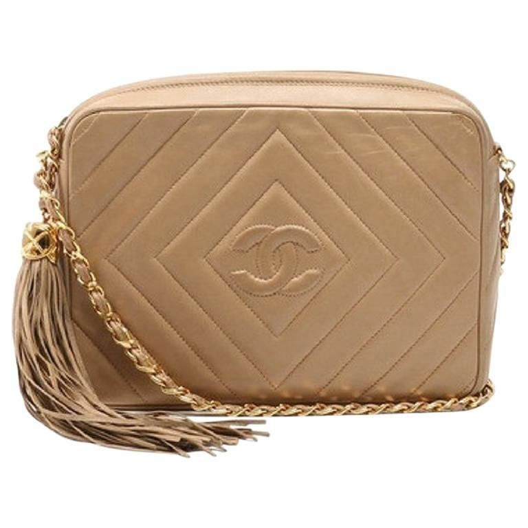 5fc63495cee0 Vintage Chanel beige lamb camera bag style shoulder bag, Chevron, diamond  stitch