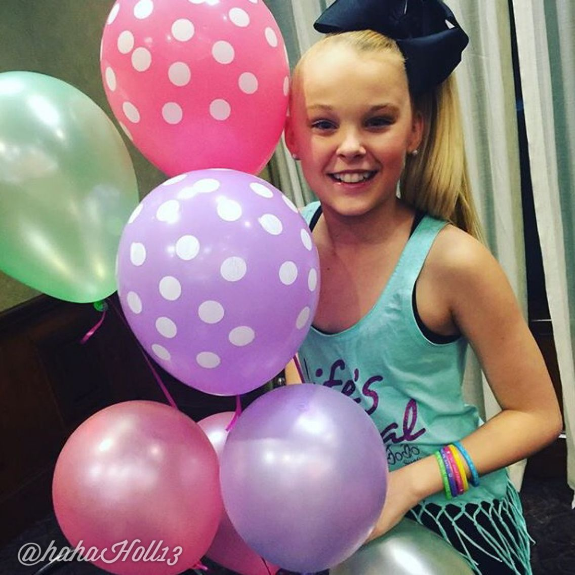 Added By Hahah0ll13 Dance Moms Jojosiwa After A Meet And Greet