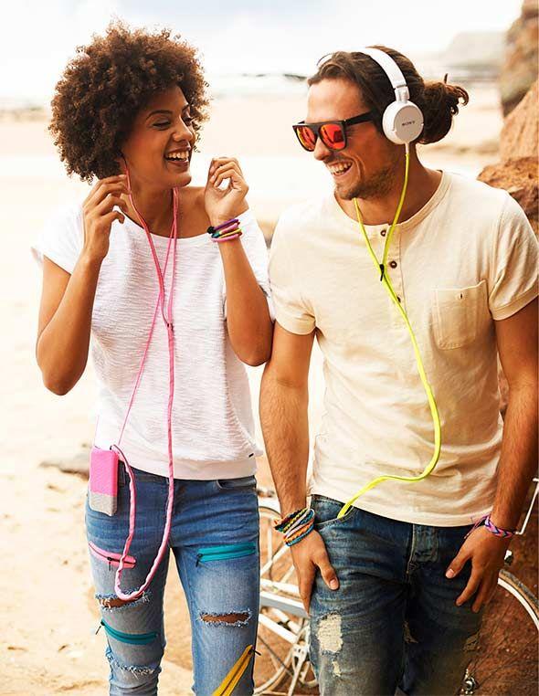 DIY zipper cover for earphone cords