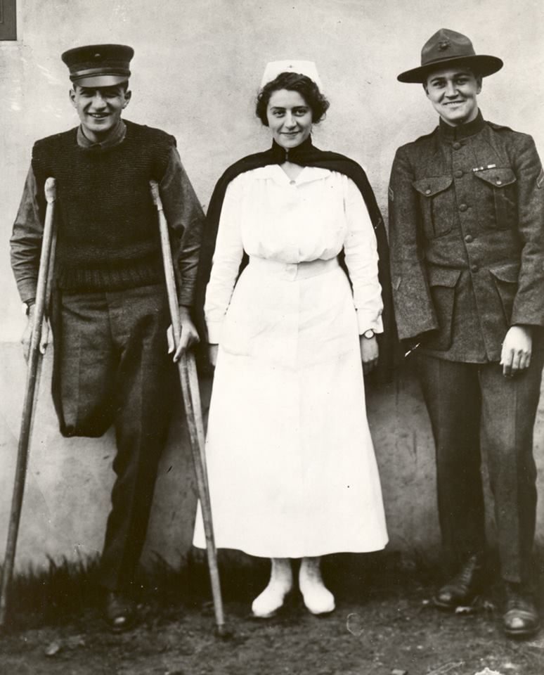 Navy nurse Hazel Herringshaw and two of her patients, 1918