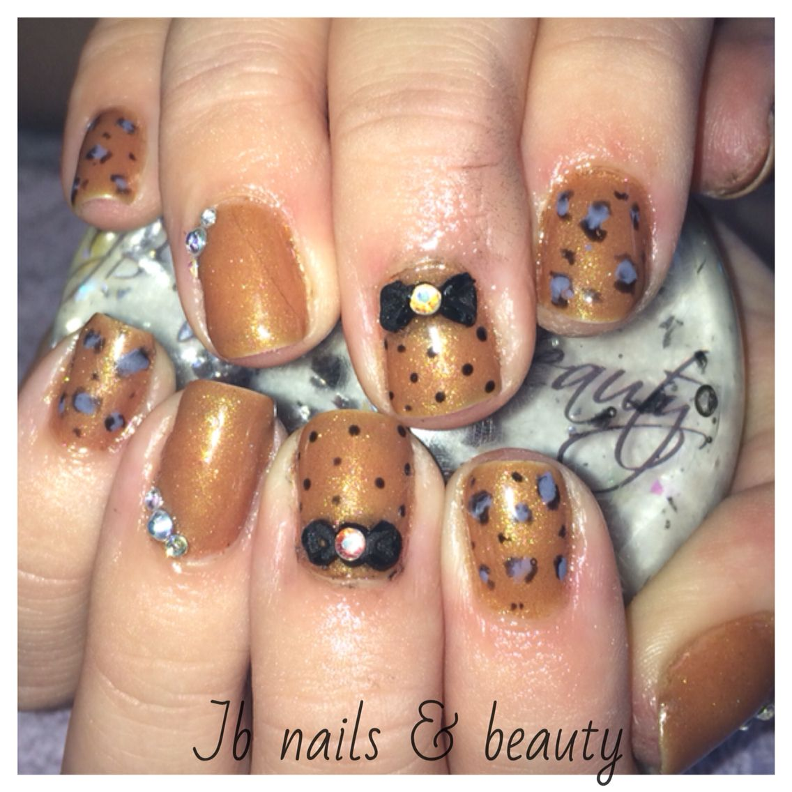 Autumn Gel Polish On Natural Nails With Bows Amp Hand Painted Nail Art Painted Nail Art Nail