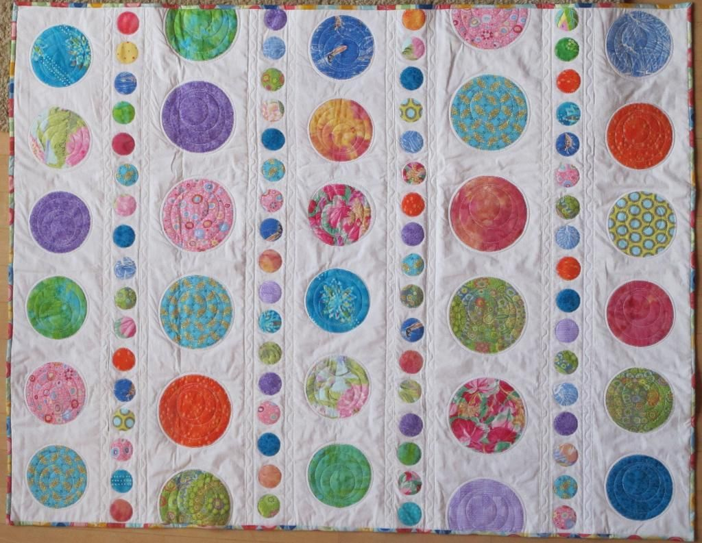 Quilting in the Hoop 3 Ways | Polka dot quilts, Bubble quilt and ... : polka dot quilt pattern - Adamdwight.com