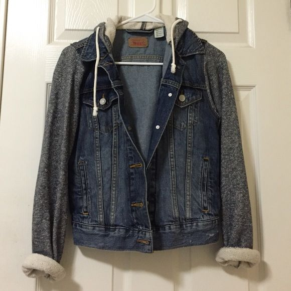 Levi's hoodie denim jacket in size xs | Denim jackets, Hoods and ...
