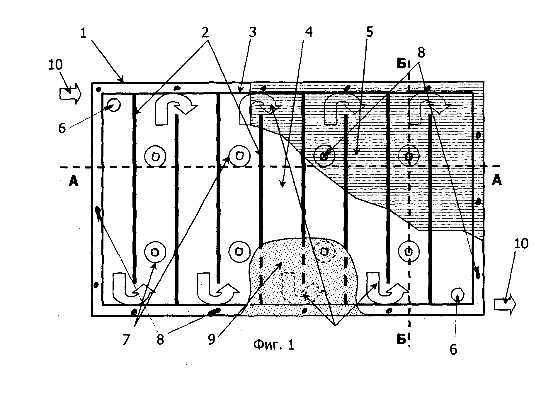 WO2013037015A1 PIPELESS HEATING AND INSULATING SOLAR PANEL