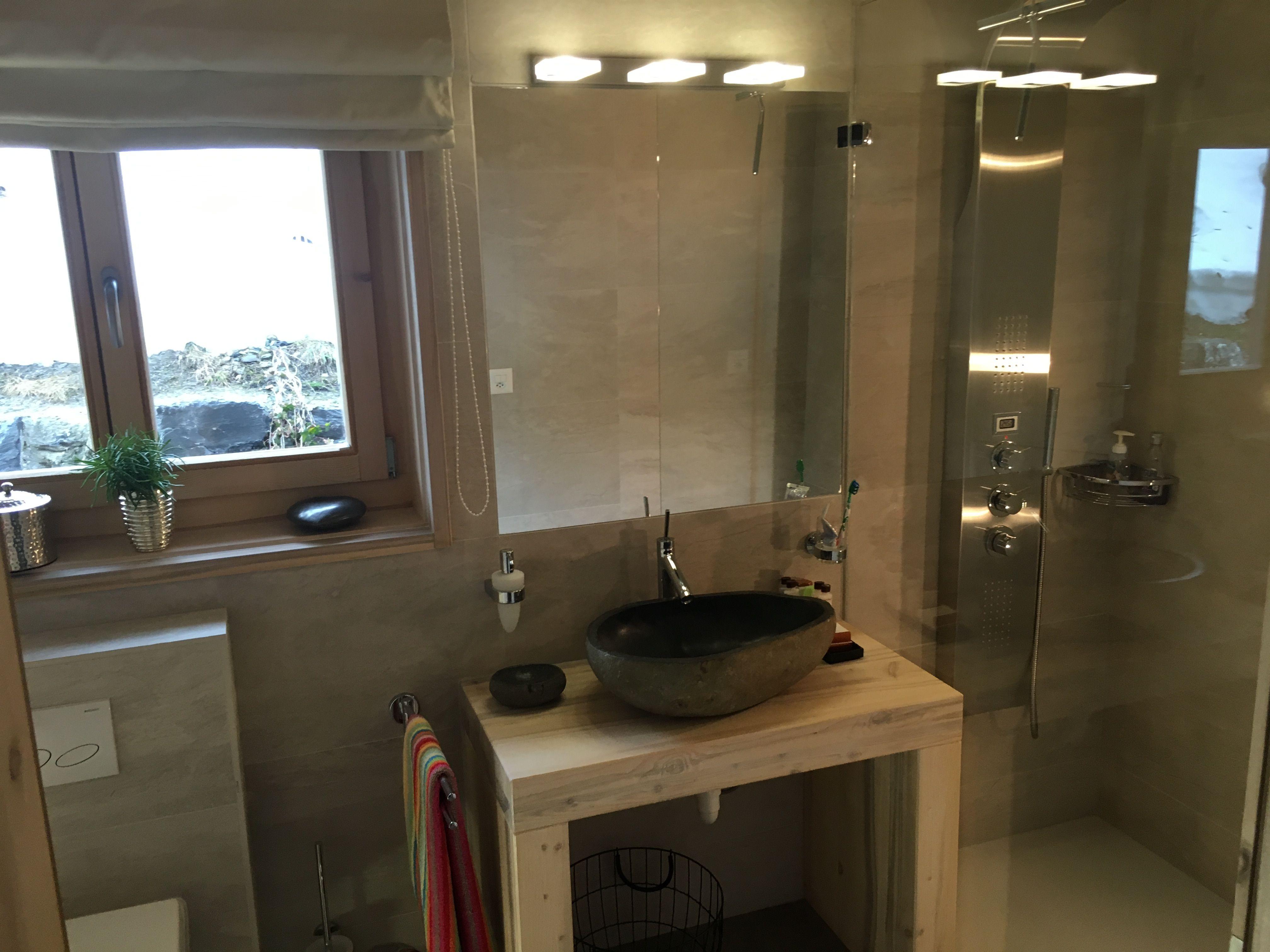 Kleine spa-ähnliche badezimmerideen pin by vixthevet on bathrooms  pinterest
