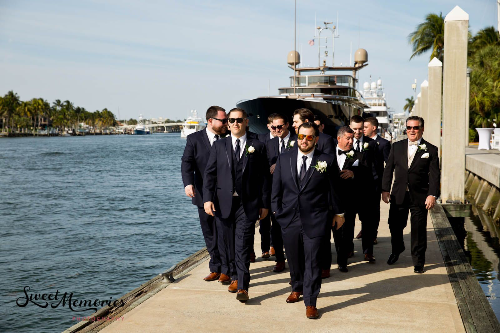 Classic Ivory And Navy Wedding At Bahia Mar In Fort Lauderdale Alexandra And Joseph In 2020 Fort Lauderdale Wedding Navy Wedding Lauderdale