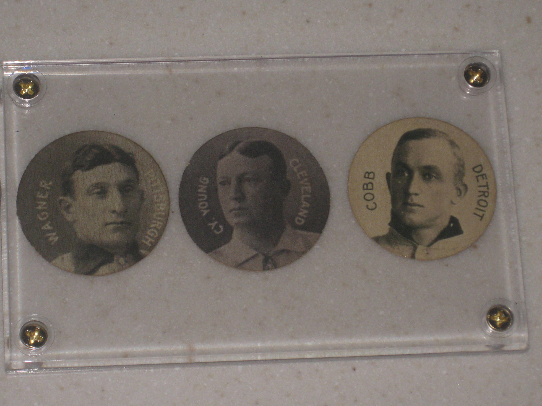 1909 colgans chips 3 card lot honus wagnerty cobb cy