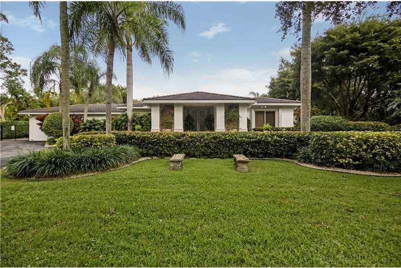 New listing! 6505 SW 92nd St Pinecrest, Florida 33156 A10027425