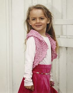FREE crochet Pattern  for Girls, free croche tpattern for bolero Child