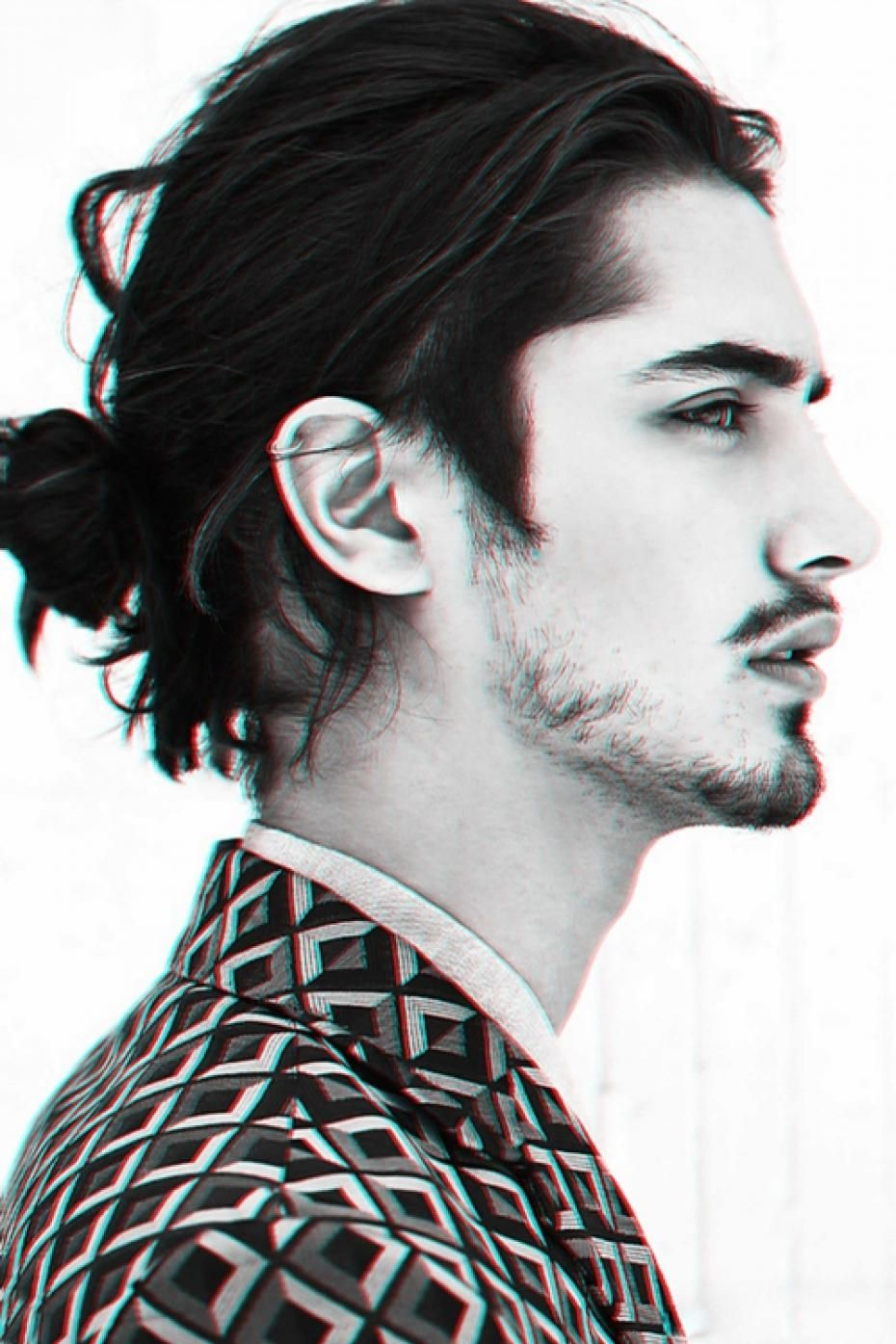 Sidecut Mann Coupe Homme Chignon He Is So Fashion In 2019 Man Bun Styles