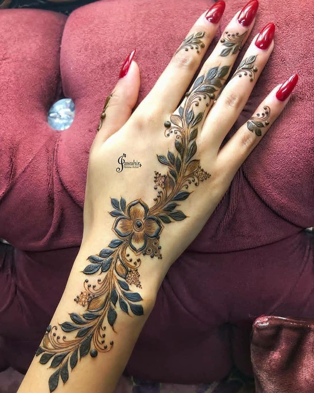 42 Trendy Henna Tattoo Design Ideas To Try In 2020 Henna Tattoo Designs Henna Tattoo Wrist Henna