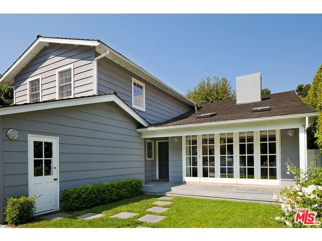 See This Home On Redfin 723 San Lorenzo St Santa Monica Ca 90402 Mls 16 113762 Foundonredfin Santa Monica San Lorenzo Real Estate