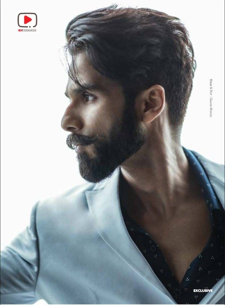 Super Hot Stylish Shahidkapoor Featuring Cover Of Exhibitmagazine November 2017 Hrithik Roshan Hairstyle Bollywood Hairstyles Cool Hairstyles For Men