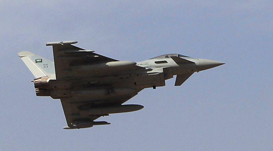 'Hit the wrong target': Saudi air raid kills at least 30 Yemeni pro-govt fighters  http://pronewsonline.com  © Fahad Shadeed