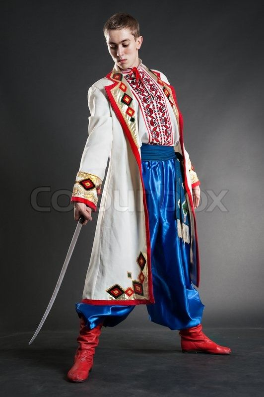 3999869 Young Ukrainian Cossack Posing With Sabre Jpg 532 800 Ukrainisch Jungs Wolle Kaufen