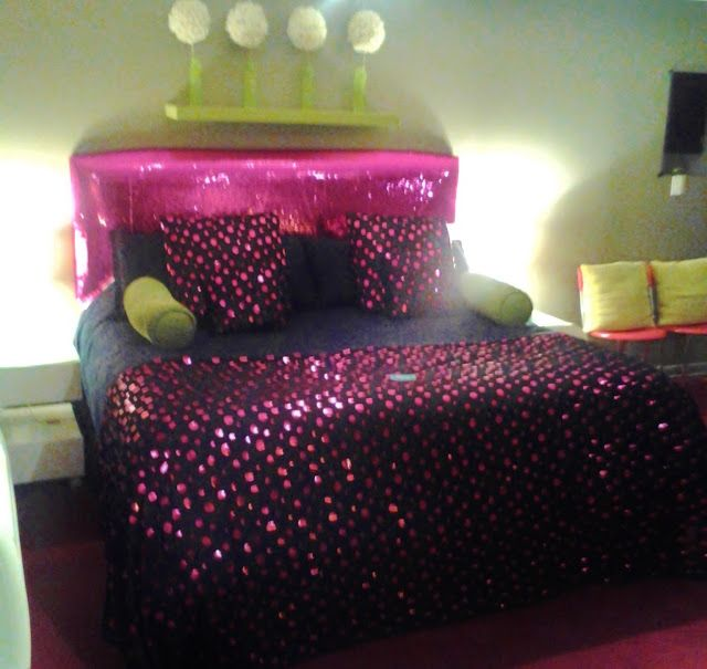 The Roxbury Motel, New York Black, Pink Bedroom. Sparkle Bedroom I Have To