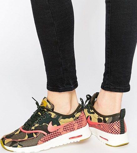new style ac5fe 1ceb9 Zapatillas de deporte con estampado de camuflaje Air Max Thea de Nike asos  el-naranja Camuflaje
