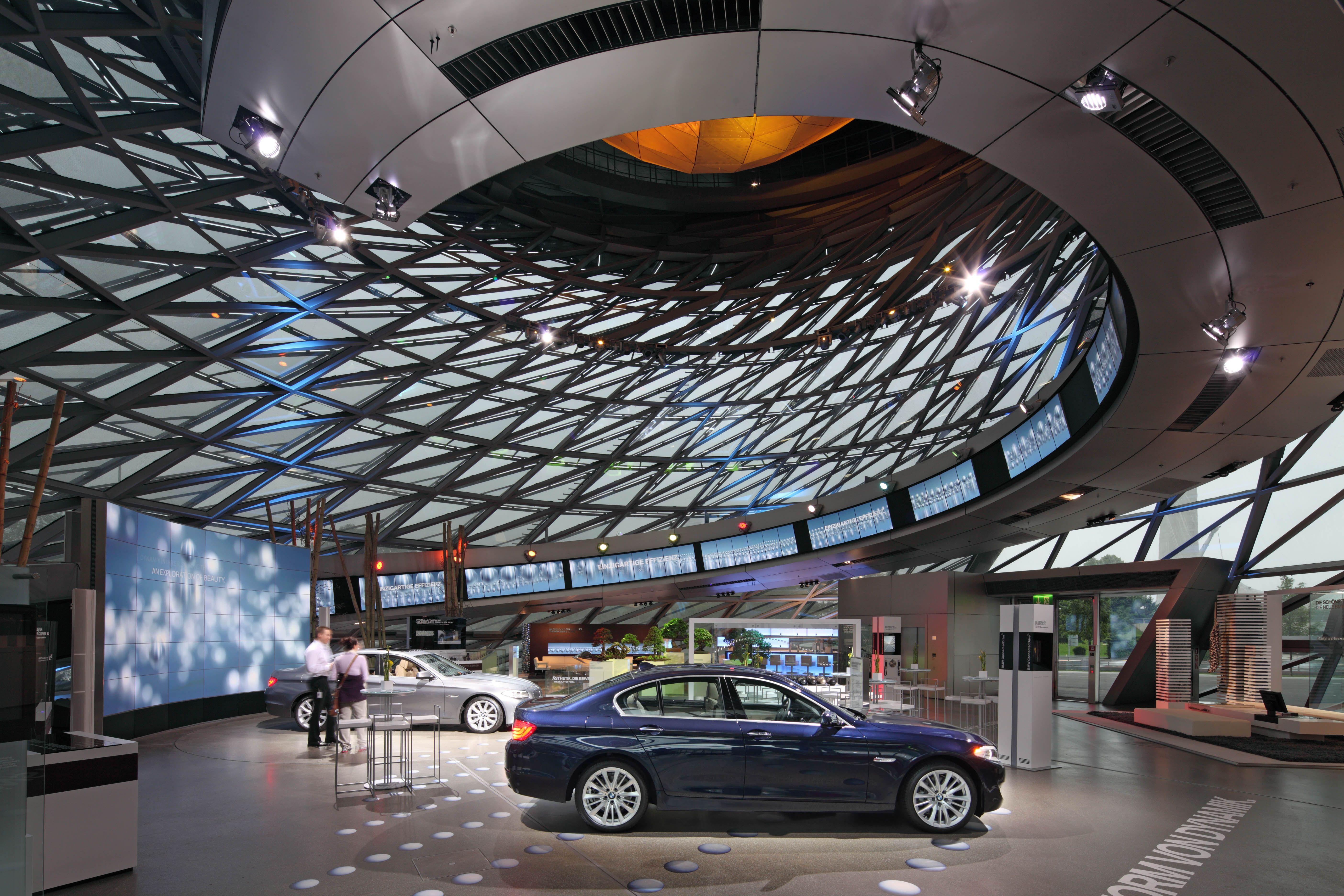 BMW Welt Coop Himmelblau Wolf D Prix