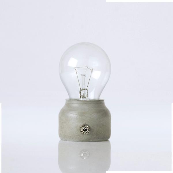 petite lampe led pure mold original fait main en ciment cologique sans amiante http www. Black Bedroom Furniture Sets. Home Design Ideas