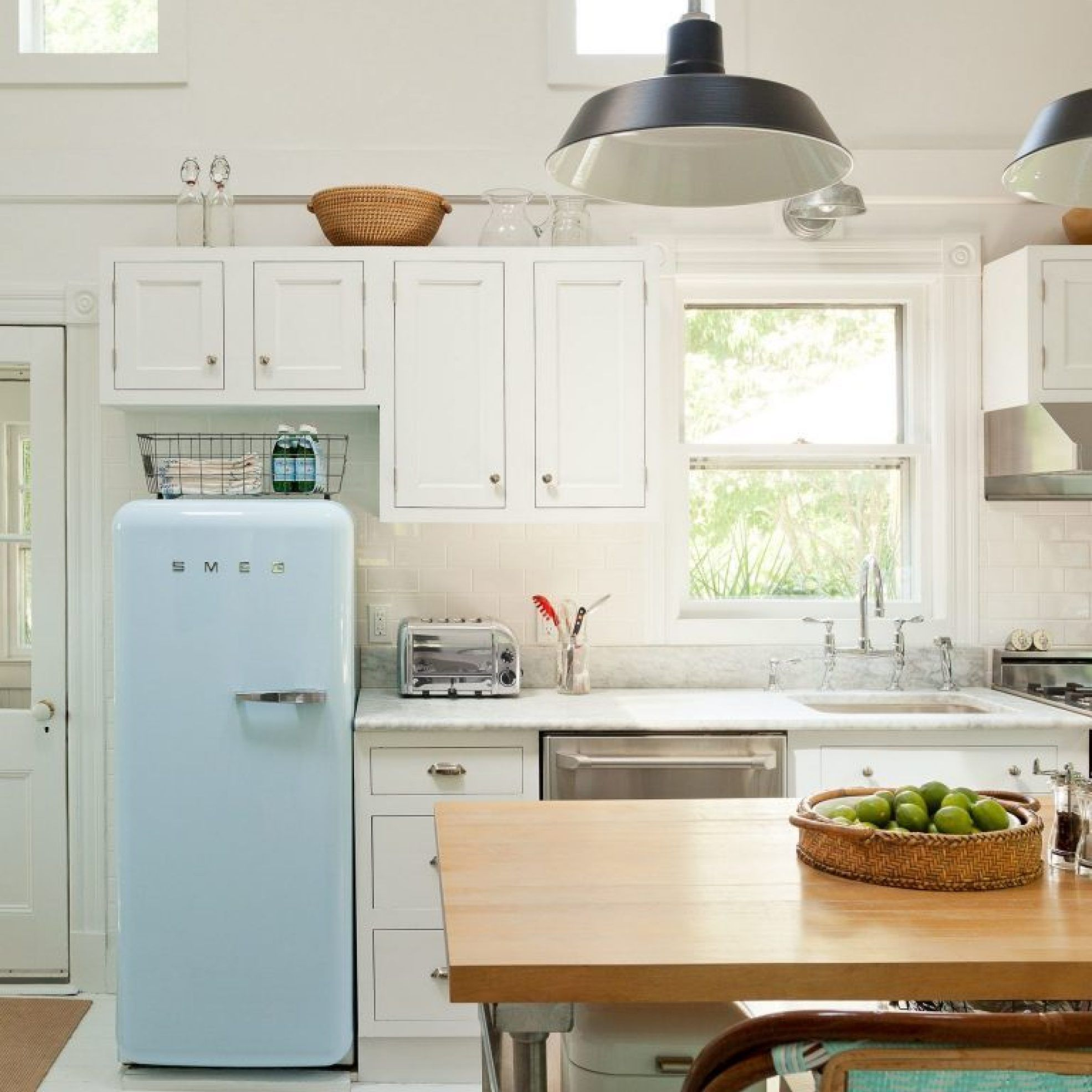 9+ Purchasing Small Kitchen Designs Ideas Colors   lowesbyte ...