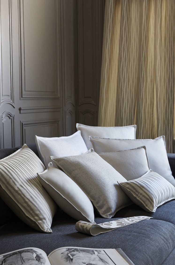 pingl par laurence lixon sur heytens n mes pinterest voilages et n mes. Black Bedroom Furniture Sets. Home Design Ideas