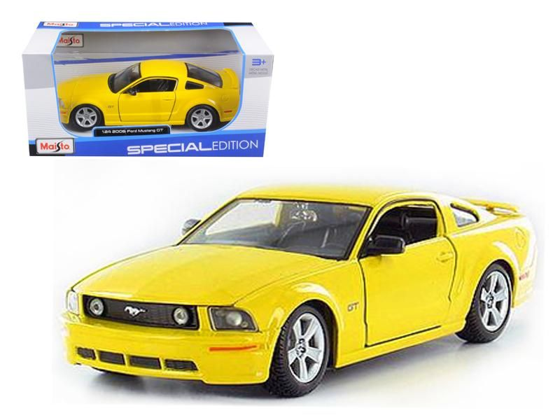 2006 Ford Mustang Gt Yellow 1 24 Diecast Model Car By Maisto With
