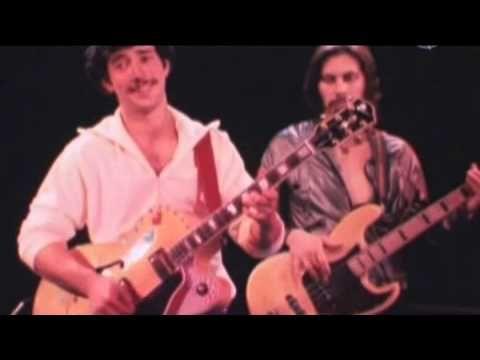 Egyptian Reggae - Jonathan Richman & The Modern Lovers - YouTube