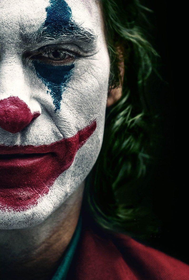 Joker Movie Poster Glossy Print Photo Wall Art Joaquin Phoenix Robert De Niro Todd Phillips Sizes 8x10 11x17 16x20 22x28 24x36 27x40 2 In 2021 Joker Painting Joker Wallpapers Joker Poster