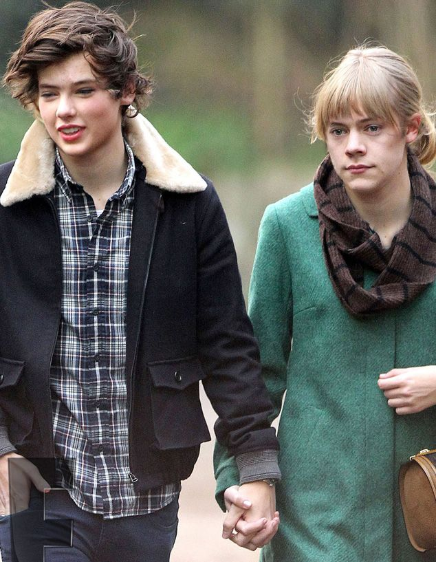 best switch face harry styles and taylor swift laughed a little