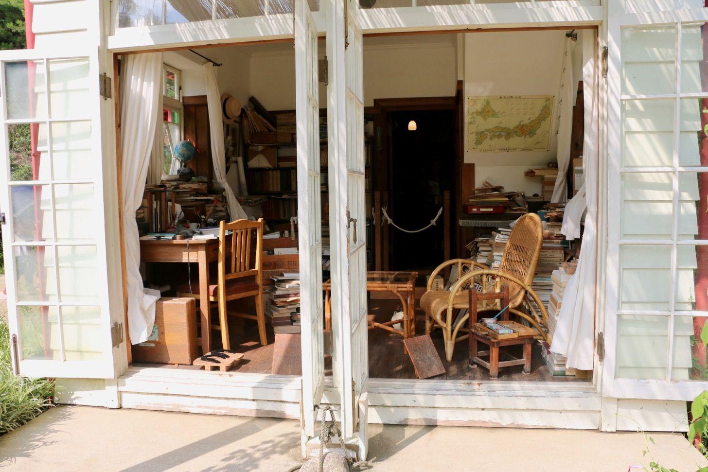 サツキとメイの家 ジブリパーク予定地の愛 地球博記念公園をさんぽ トトロ の世界観に入り込めて感動 サツキとメイの家 インテリア 間取り 家